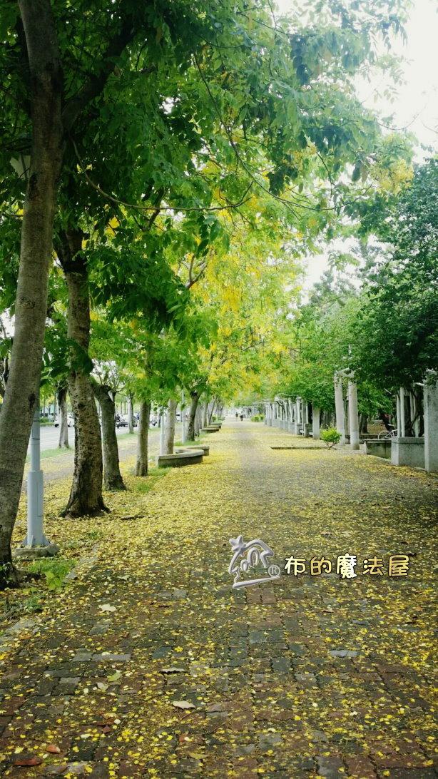 160405-後甲正門旁邊公園.PhotoGrid_1496048816626